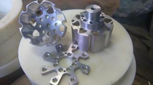Frezowanie CNC Elementy robotów i maszyn IMAG0050-20150615-130319564 frezowanie