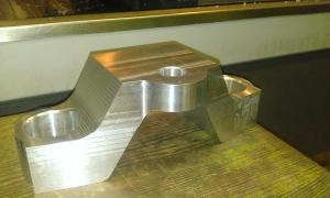 frezowanie CNC elementy samochodów i motocykli WP 20131216 009 elementy robotow i maszyn