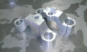 frezowanie CNC elementy samochodów i motocykli WP 20140327 001 elementy robotow i maszyn