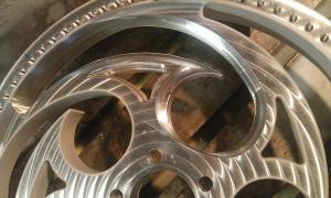 frezowanie CNC elementy samochodów i motocykli WP 20140527 007 elementy robotow i maszyn